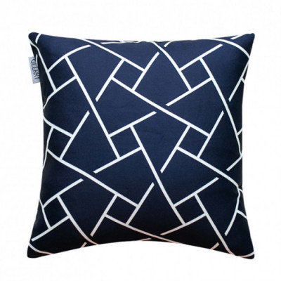noir-cushion-40-x-40