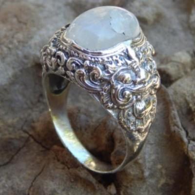 cincin-perak-motif-barong-batu-rainbow-moonstone-25177