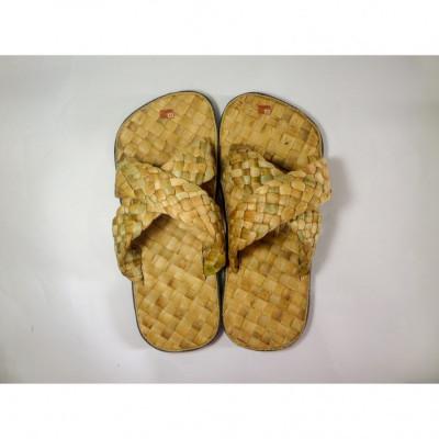 bengok-slipper-selop-x-adult_sandal-enceng-gondok-handmade