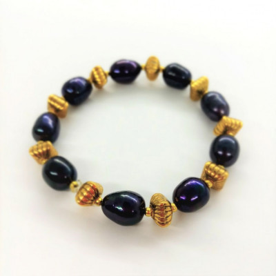 dyan-pearl-bracelet