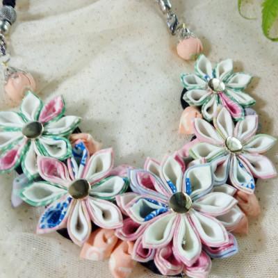 kalung-batik-kanzashi