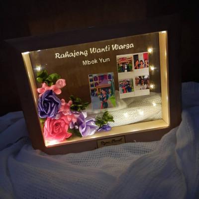 bingkai-3d-transparan-hadiah-wisuda-birhday-wedding-anniversary-dll