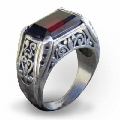 cincin-perak-motif-bunga-batu-garnet-kotak
