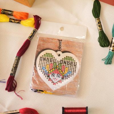 key-chain-kit-ondel-ondel-heart