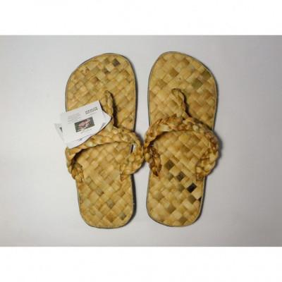 bengok-slipper-japit_sandal-enceng-gondok-handmade