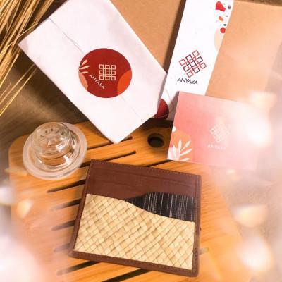cardholder-brown-mahika-by-anyara
