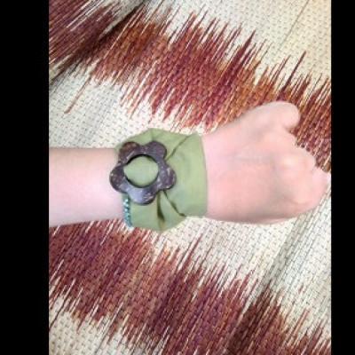 gelang-batik-gelang-handmade-gelang-unik-batik-gelang-gesyal-gesper-abu-abu