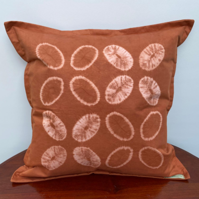 natural-dye-cushion-cover-kawung-silih
