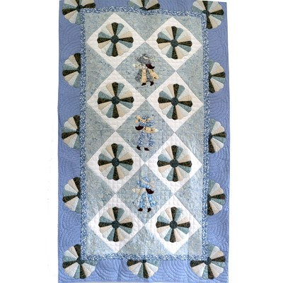 blue-ladies-quilt