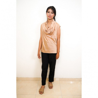 gesyal-kalung-variasi-manik-blouse-atasan-wanita-brown
