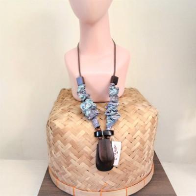 kalung-kayu-tumpuk-kalung-syal-batik-188-gesyal-serut-bisa-diatur