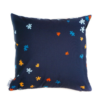 magic-puzzle-cushion-40-x-40