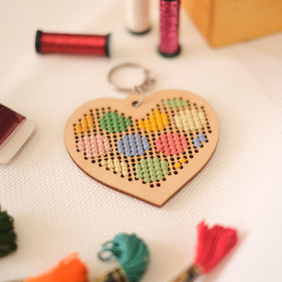 key-chain-kit-polkadot-heart