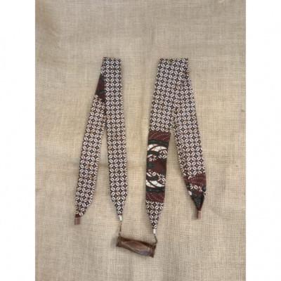 kalung-batik-kalung-handmade-kalung-unik-batik-kalung-gamelan-kendang-gesyal-hitam-coklat