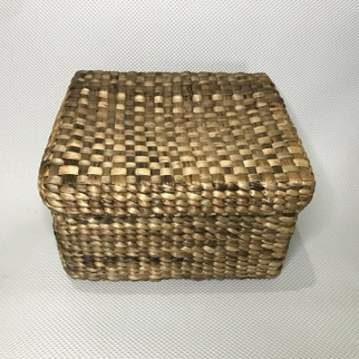bengok-box-with-cover_keranjang-enceng-gondok-handmade