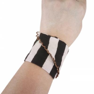 gelang-etnik-aksesoris-gelang-wanita-g17-gesyal-lurik-gelang-tangan-lilit-monokrom