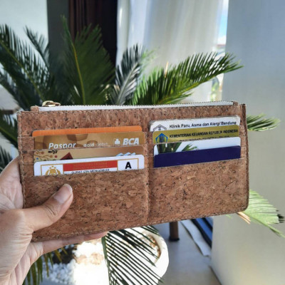 lintang-dompet-panjang-dompet-tipis-cork-wallet-lightenup