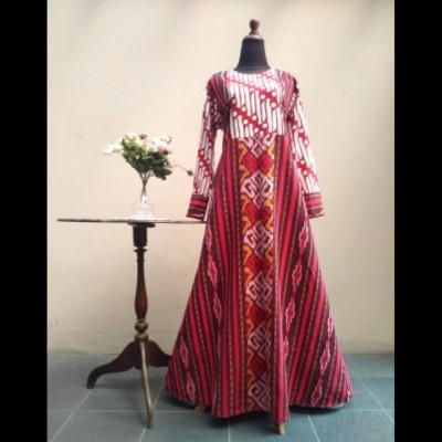 gamis-tenun-kombinasi-batik-parang