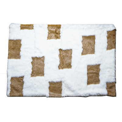 square-milky-choco-fur-rug-100-x-130
