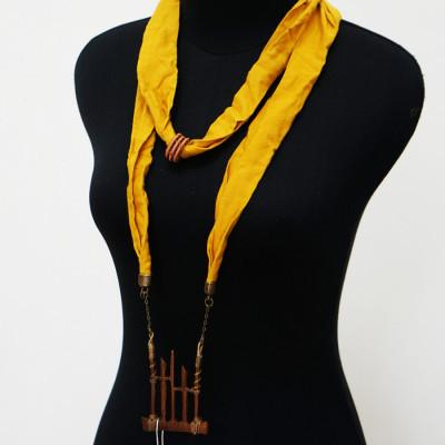 kalung-kayu-gamelan-angklung-kalung-syal-polos-rayon-mustard-128-gesyal-dua-lilit