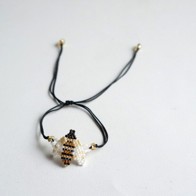 gelang-manik-lebah