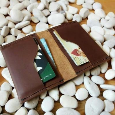 dompet-kartu-kulit-asli-model-simpel-warna-coklat-dompet-kulit-asli.-card-holder-