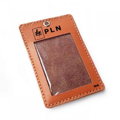 name-tag-id-kulit-asli-logo-pln-plus-tali-logo-pln-warna-tan-tali-id-card.-gantungan-id-card-