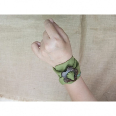 gelang-batik-gelang-handmade-gelang-unik-gelang-gesper-gesyal-polos-hijau