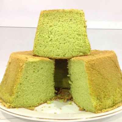 pandan-chiffon-cake