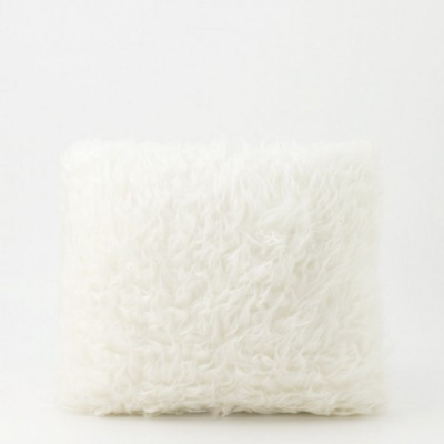 white-fur-cushion-40-x-40