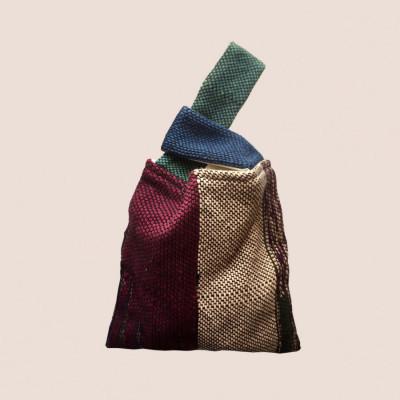 cross-hand-bag-06