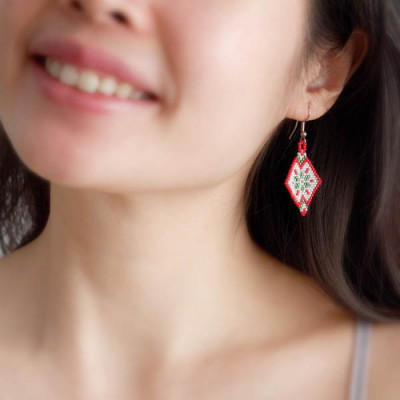 segi-empat-earring