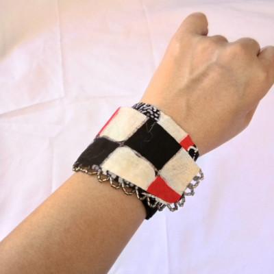 gelang-batik-bali-tangan-tali-wanita-etnik-hitam-gesyal
