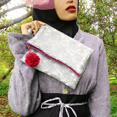 shades-of-grey-clutch