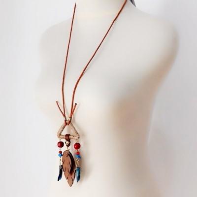 uri-hippie-necklace