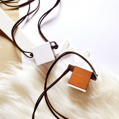 cube-wooden-necklace-ii
