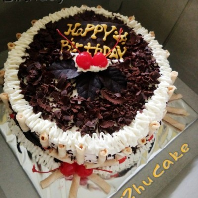 birthday-tiramizu-cake