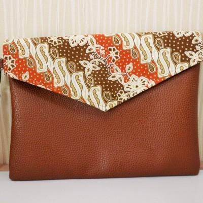 batik-envelope-clutch-tc05