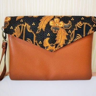 batik-envelope-clutch-tc03