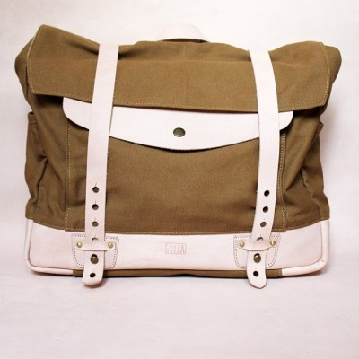 holarocka-apollo-01-vegtan-leather-x-canvas-messenger-bag