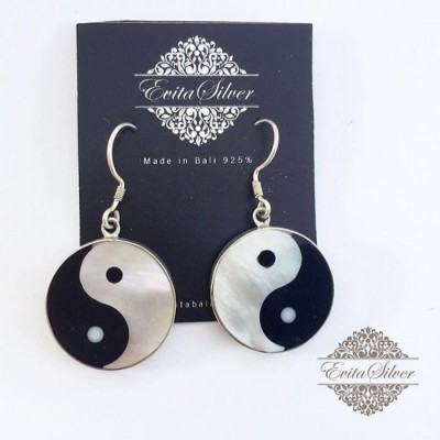 925-silver-earring-with-shell