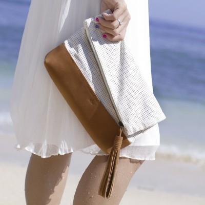 akira-folded-clutch-in-beige