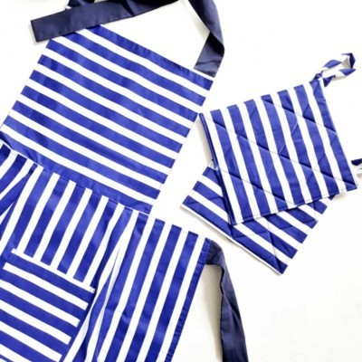 apron-oven-mitts-blue-stripe