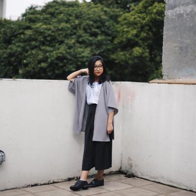 kate-grey-kimono