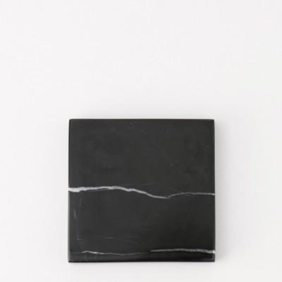 square-black-zircon-marble-d20