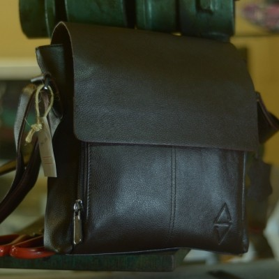 tas-selempang-kulit-inl-002-dark-brown