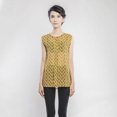zippery-cat-blouse