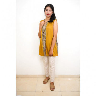 gesyal-cardigan-batik-semar-vest-outer-wanita-kuning-mustard