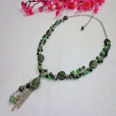 kalung-b05-batu-malachite-kristal-hijau-rumbai