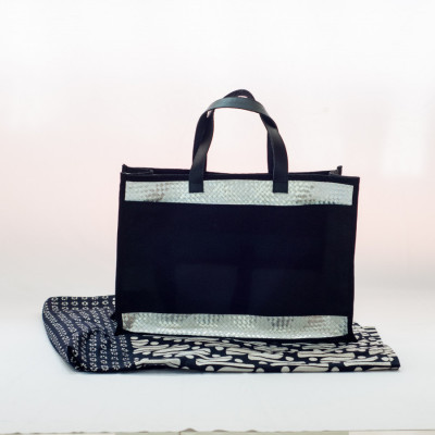 tas-daur-ulang-recycle-bag-cantika-black-medium